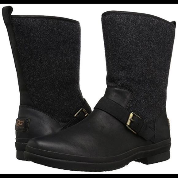c23bc03b1e1 UGG Women's Robbie Boot size 8